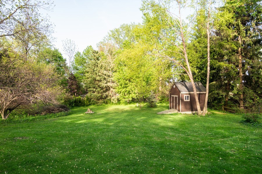 Real Estate Photography - 5N327 Martingale Drive, Bartlett, IL, 60103 - Back Yard