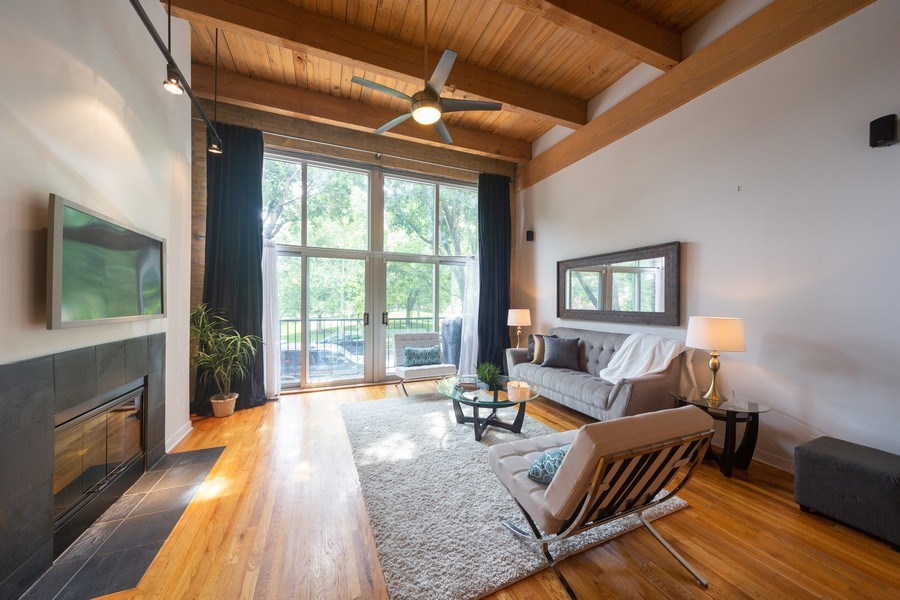 Real Estate Photography - 2201 West Wabansia Ave, 6, Chicago, IL, 60647 - Living Room