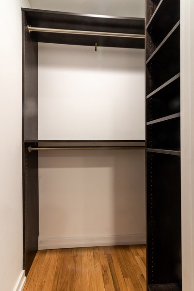 Real Estate Photography - 6125 N Ravenswood, Unit 2, Chicago, IL, 60640 - Closet