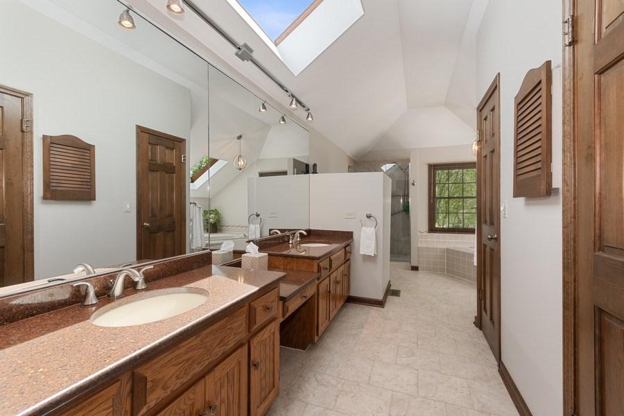 Real Estate Photography - 835 Morven Court, Naperville, IL, 60563 - Master Bathroom