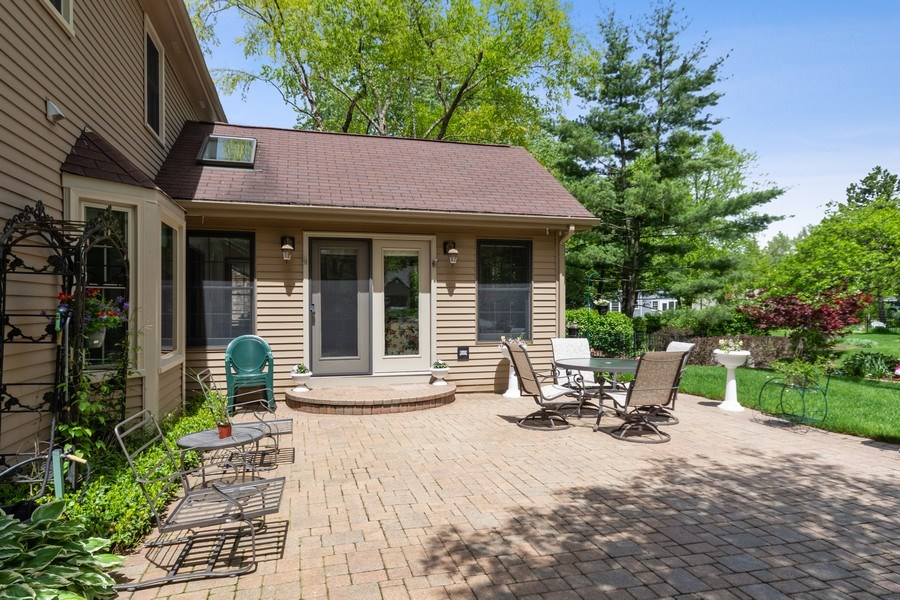 Real Estate Photography - 835 Morven Court, Naperville, IL, 60563 - Back Yard