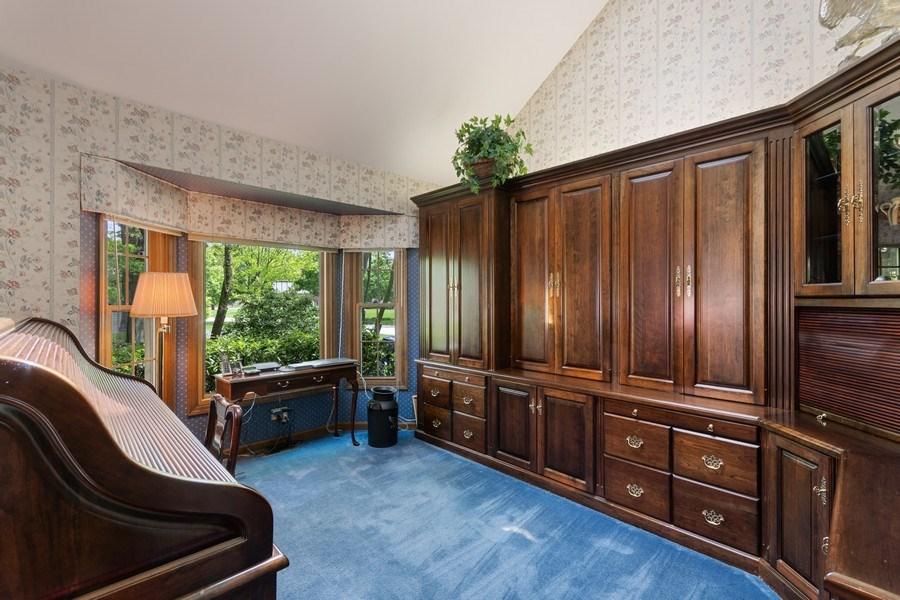 Real Estate Photography - 835 Morven Court, Naperville, IL, 60563 - 1st floor den