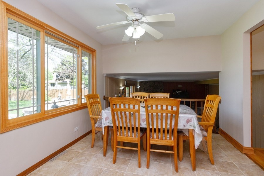 Real Estate Photography - 8438 Hollywood Drive, Orland Park, IL, 60462 - Kitchen / Breakfast Room