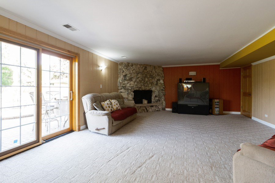 Real Estate Photography - 8438 Hollywood Drive, Orland Park, IL, 60462 - Family Room