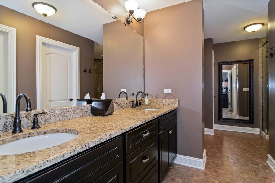 Real Estate Photography - 174 Partridge Lane, Bartlett, IL, 60103 - Master Bathroom