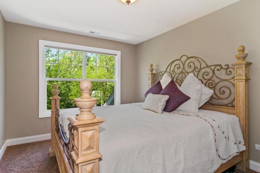 Real Estate Photography - 174 Partridge Lane, Bartlett, IL, 60103 - Guest Bedroom
