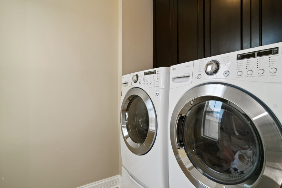 Real Estate Photography - 174 Partridge Lane, Bartlett, IL, 60103 - Laundry Room