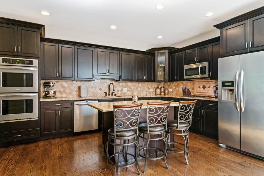 Real Estate Photography - 174 Partridge Lane, Bartlett, IL, 60103 - Kitchen
