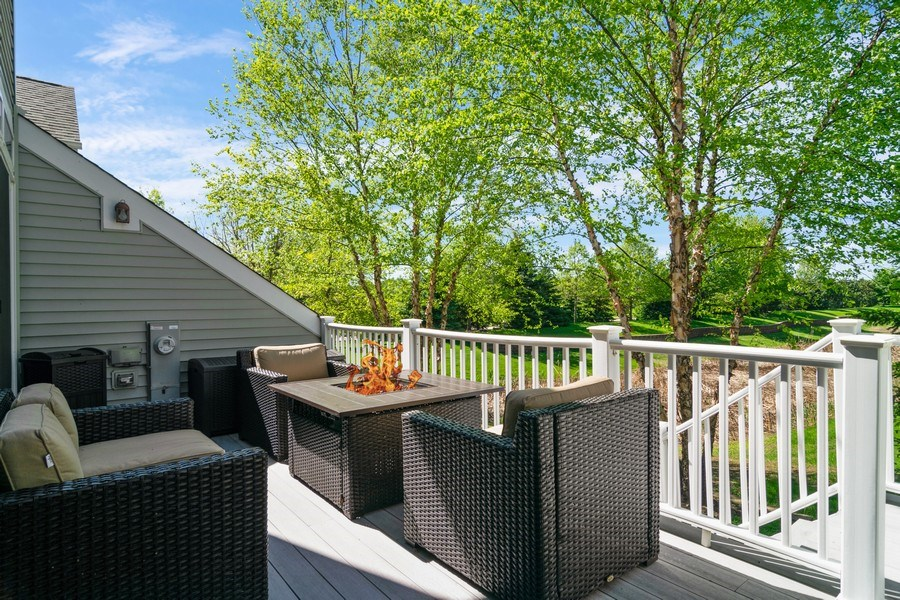 Real Estate Photography - 174 Partridge Lane, Bartlett, IL, 60103 - Deck