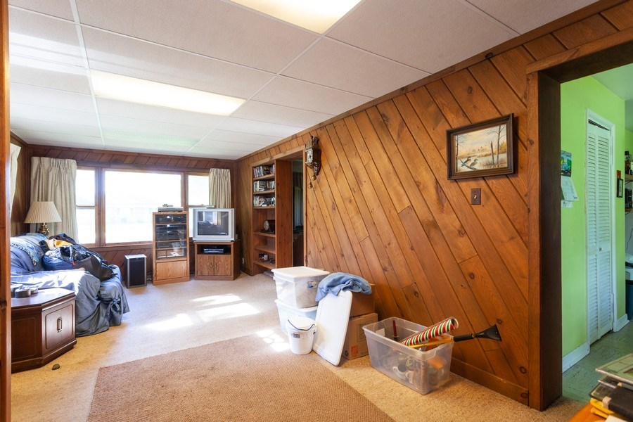 Real Estate Photography - 620 67th Place, Willowbrook, IL, 60527 - Family Room