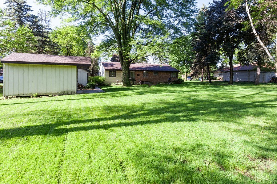 Real Estate Photography - 620 67th Place, Willowbrook, IL, 60527 - Rear View