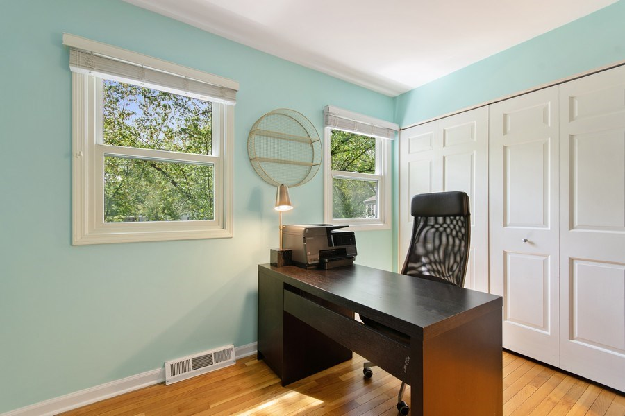 Real Estate Photography - 1513 Maple Hills Court, Naperville, IL, 60563 - 5th Bedroom
