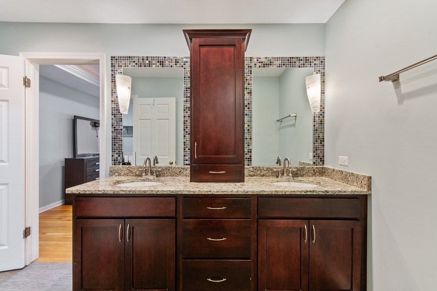 Real Estate Photography - 1513 Maple Hills Court, Naperville, IL, 60563 - Master Bathroom