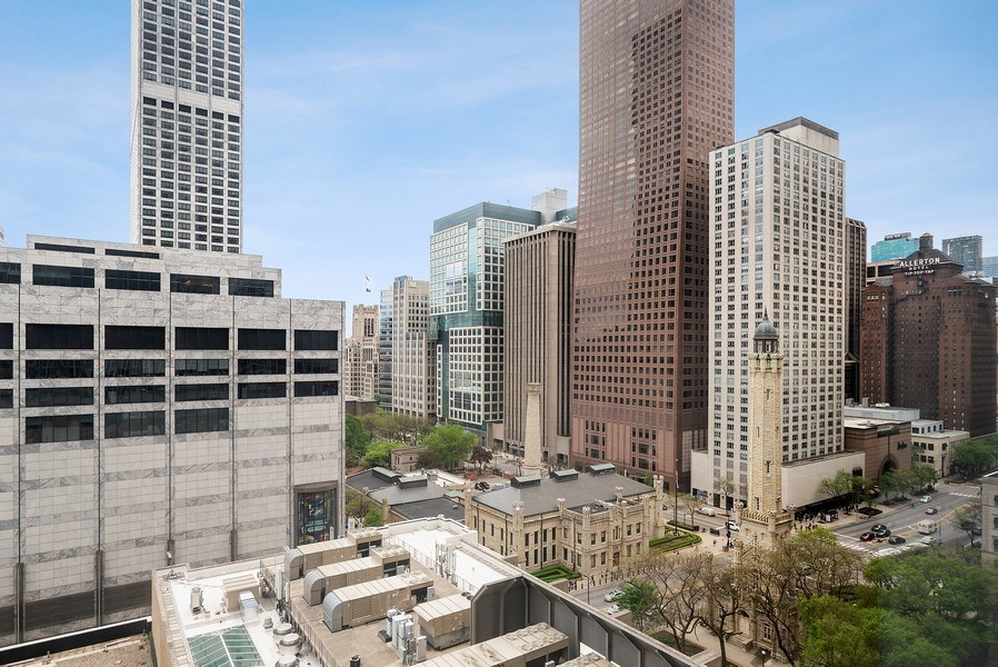 Real Estate Photography - 111 E. Chestnut Street, Unit 17C, Chicago, IL, 60611 - View