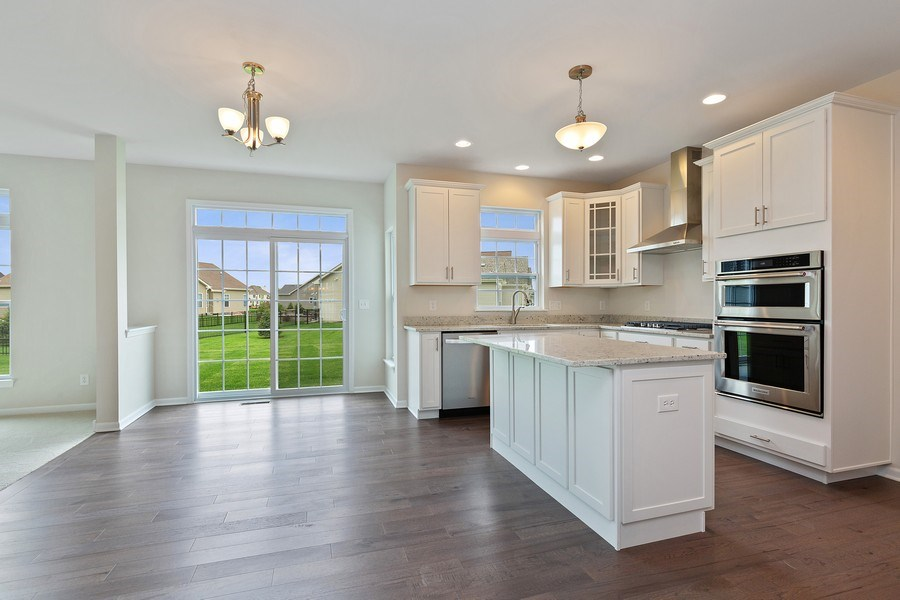 Real Estate Photography - 1588 Fairfield Drive, Elburn, IL, 60119 - Kitchen