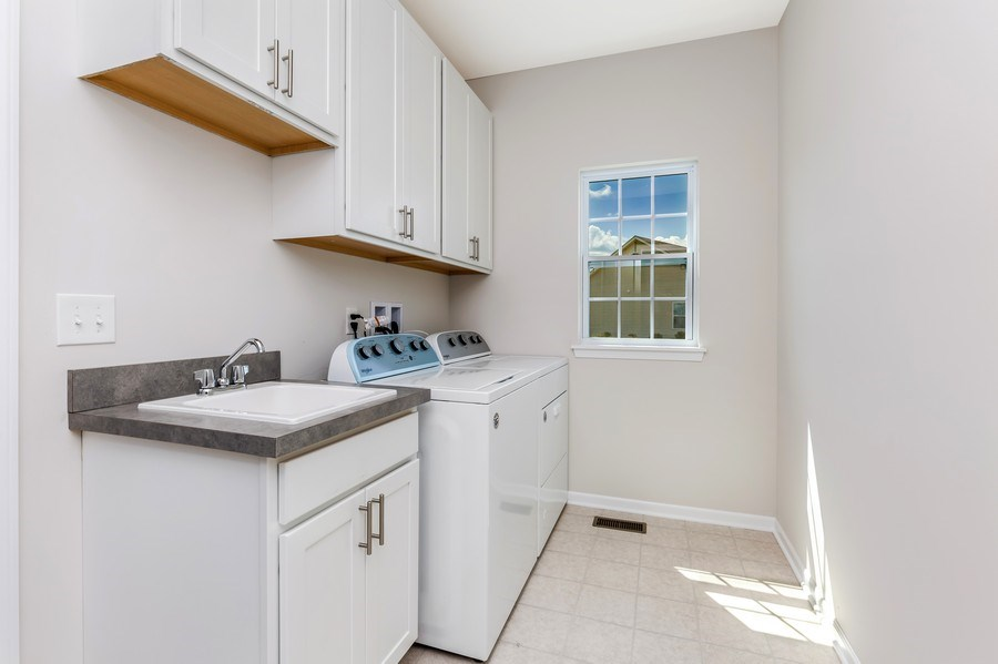 Real Estate Photography - 1588 Fairfield Drive, Elburn, IL, 60119 - Laundry Room