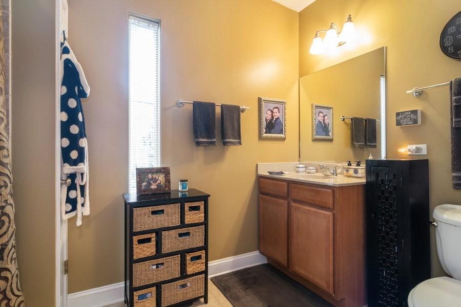Real Estate Photography - 446 Lageschulte Street, Unit 1-446, Barrington, IL, 60010 - Master Bathroom