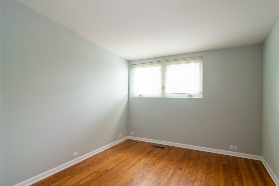 Real Estate Photography - 446 Lageschulte Street, Unit 1-446, Barrington, IL, 60010 - 2nd Bedroom