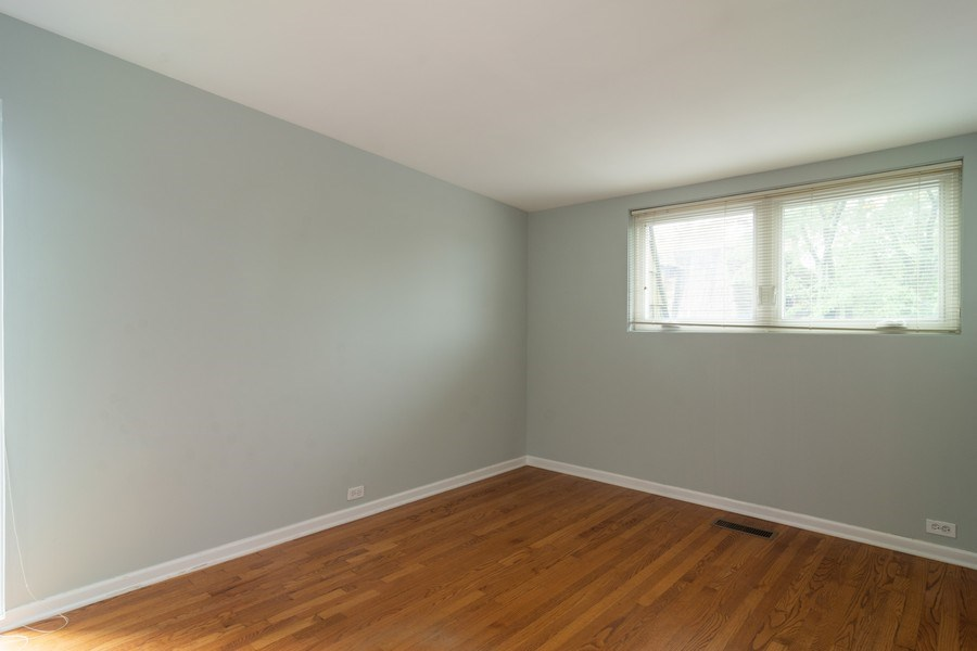 Real Estate Photography - 446 Lageschulte Street, Unit 1-446, Barrington, IL, 60010 - 3rd Bedroom