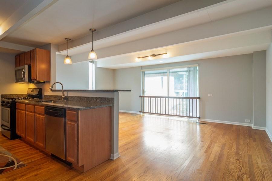 Real Estate Photography - 446 Lageschulte Street, Unit 1-446, Barrington, IL, 60010 - Kitchen / Breakfast Room
