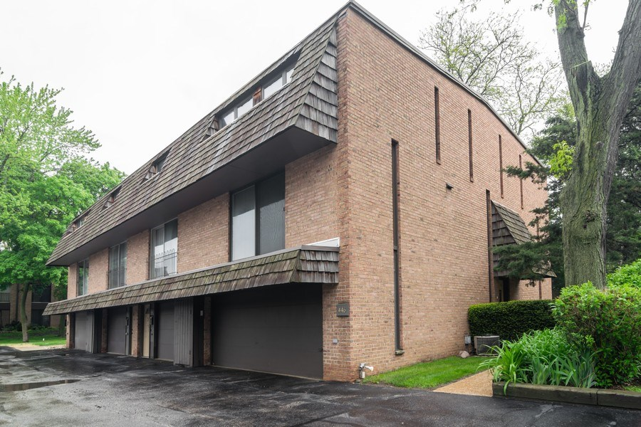 Real Estate Photography - 446 Lageschulte Street, Unit 1-446, Barrington, IL, 60010 - Front View