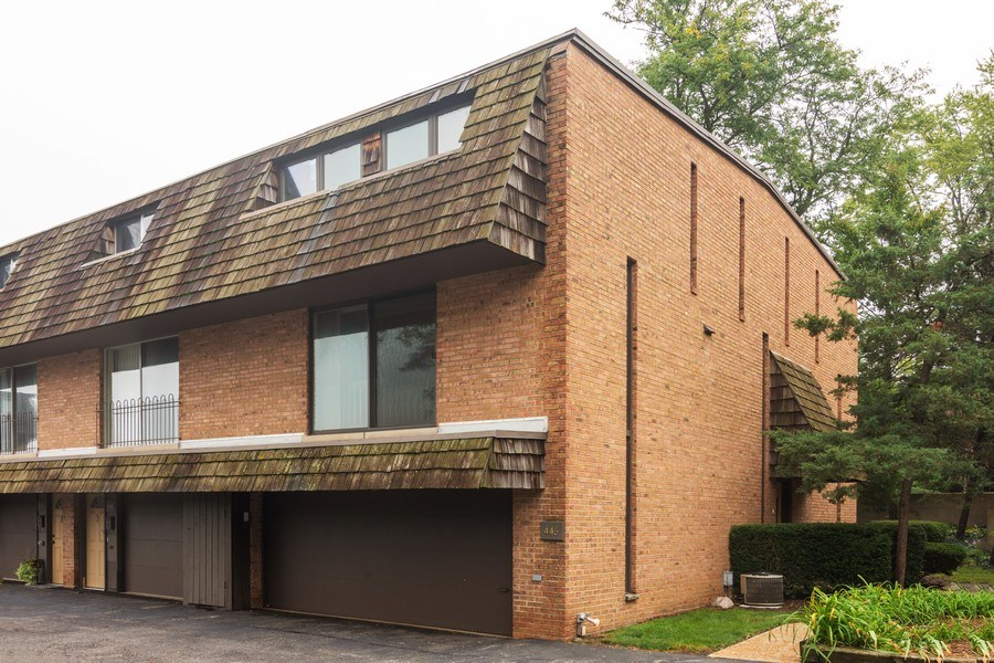 Real Estate Photography - 446 Lageschulte Street, Unit 1-446, Barrington, IL, 60010 - Rear View