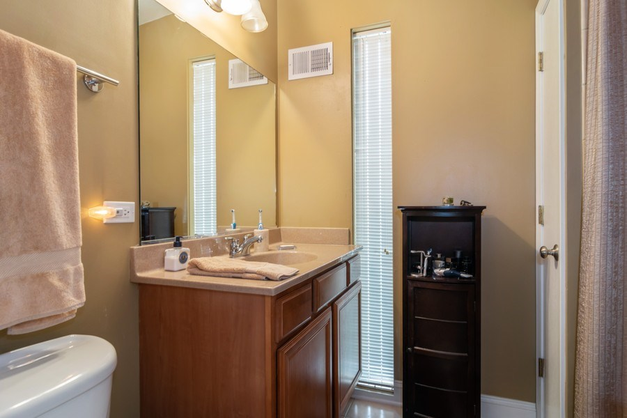 Real Estate Photography - 446 Lageschulte Street, Unit 1-446, Barrington, IL, 60010 - 2nd Full Bath