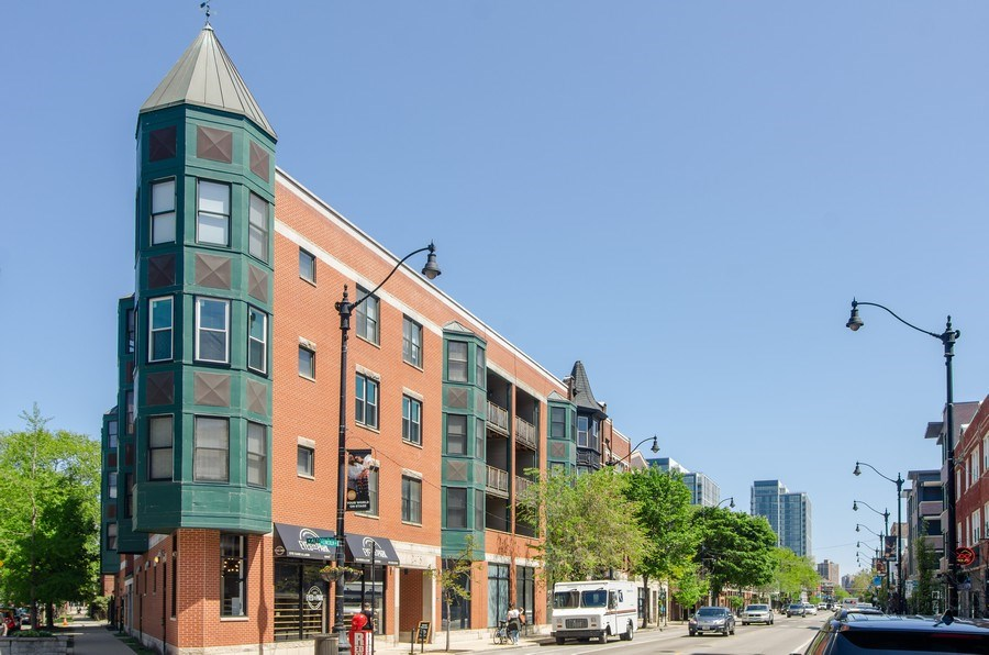 Real Estate Photography - 845 W. Altgeld Street, Unit 3B, Chicago, IL, 60614 - Front View
