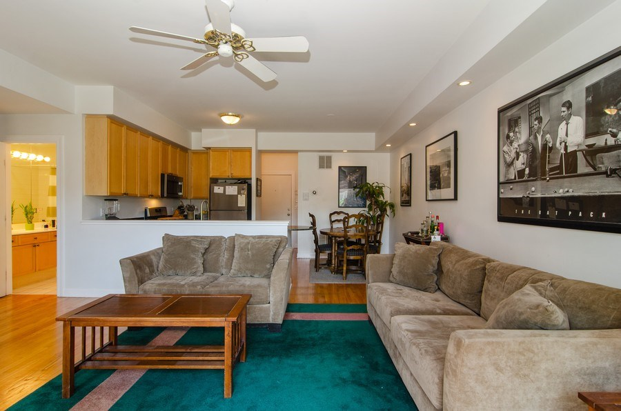 Real Estate Photography - 845 W. Altgeld Street, Unit 3B, Chicago, IL, 60614 - Kitchen / Living Room