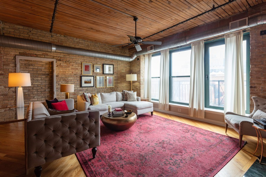 Real Estate Photography - 411 W. ONTARIO Street, Unit 608, Chicago, IL, 60654 - Living Room