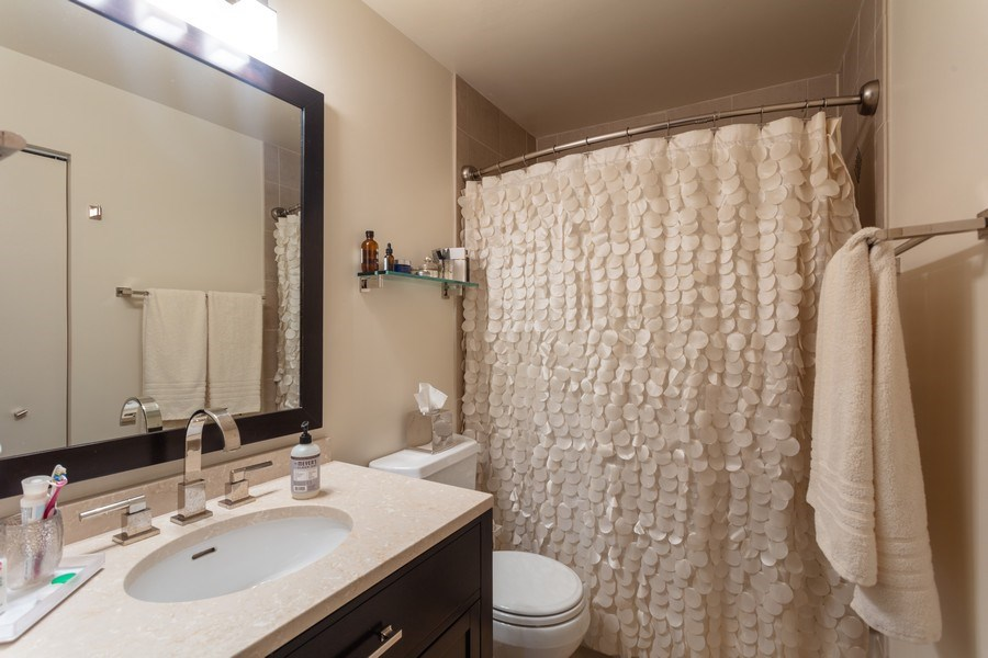 Real Estate Photography - 411 W. ONTARIO Street, Unit 608, Chicago, IL, 60654 - Master Bath