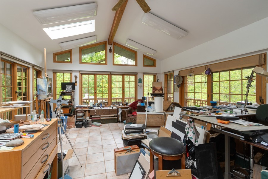 Real Estate Photography - 12325 S. 90th Avenue, Palos Park, IL, 60464 - Studio