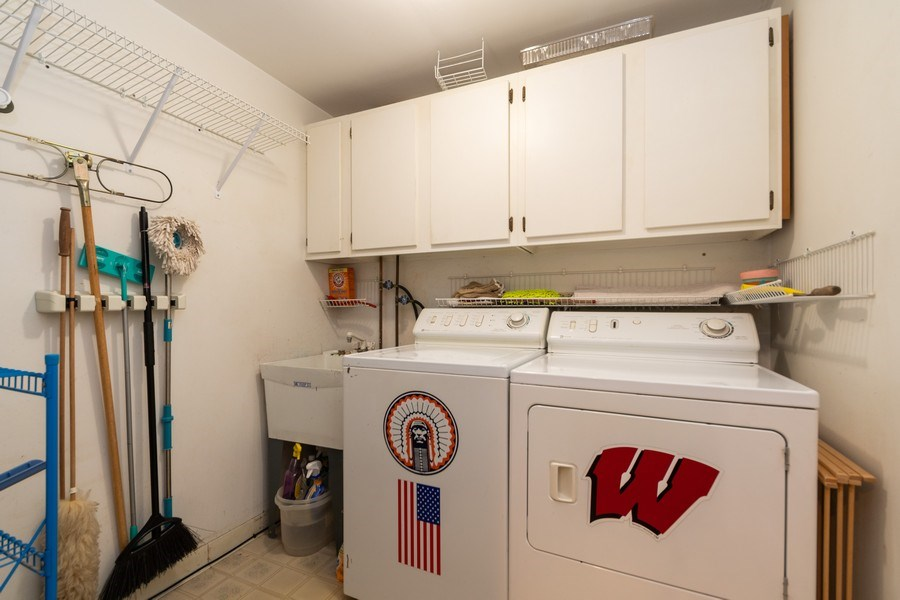 Real Estate Photography - 12325 S. 90th Avenue, Palos Park, IL, 60464 - Laundry Room