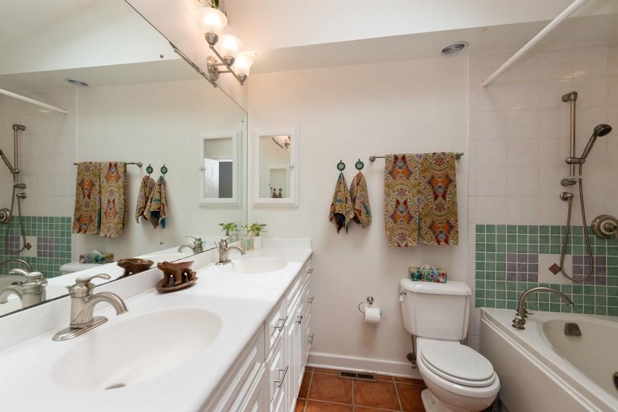 Real Estate Photography - 12325 S. 90th Avenue, Palos Park, IL, 60464 - Bathroom