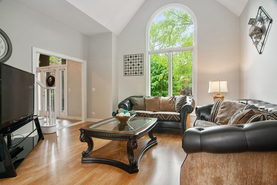 Real Estate Photography - 2324 Sutton Lane, Aurora, IL, 60502 - Living Room