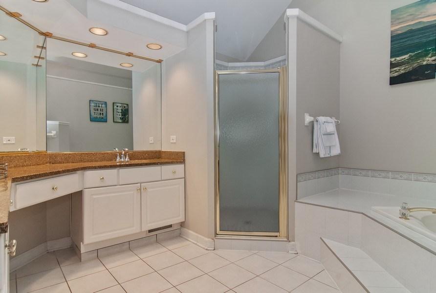 Real Estate Photography - 2324 Sutton Lane, Aurora, IL, 60502 - Master Bathroom