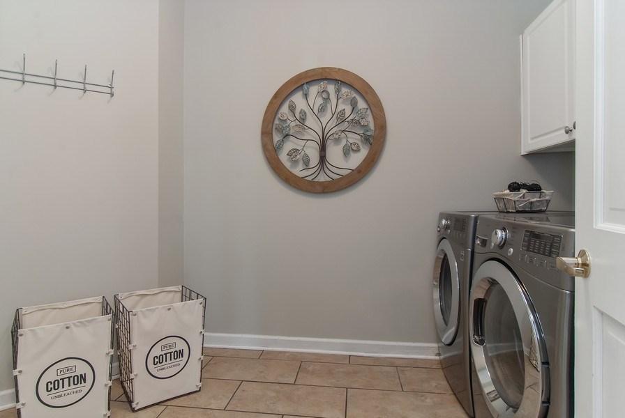 Real Estate Photography - 2324 Sutton Lane, Aurora, IL, 60502 - Laundry Room