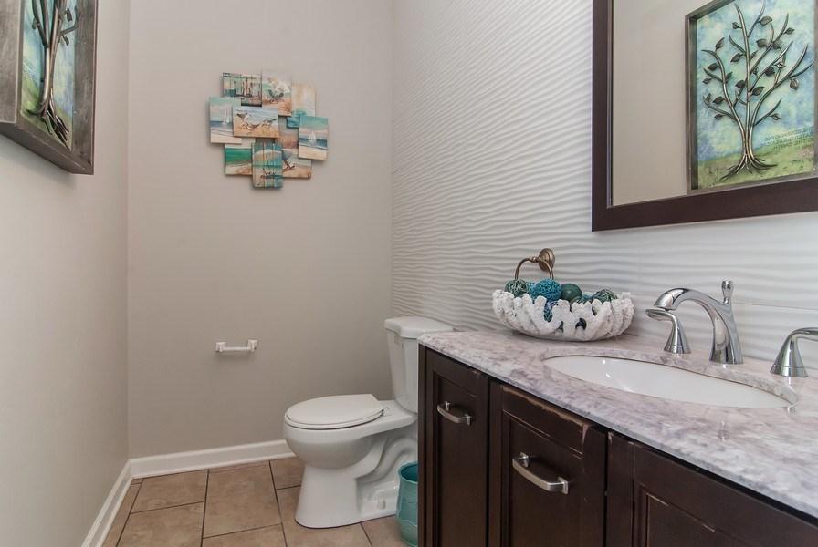 Real Estate Photography - 2324 Sutton Lane, Aurora, IL, 60502 - Bathroom