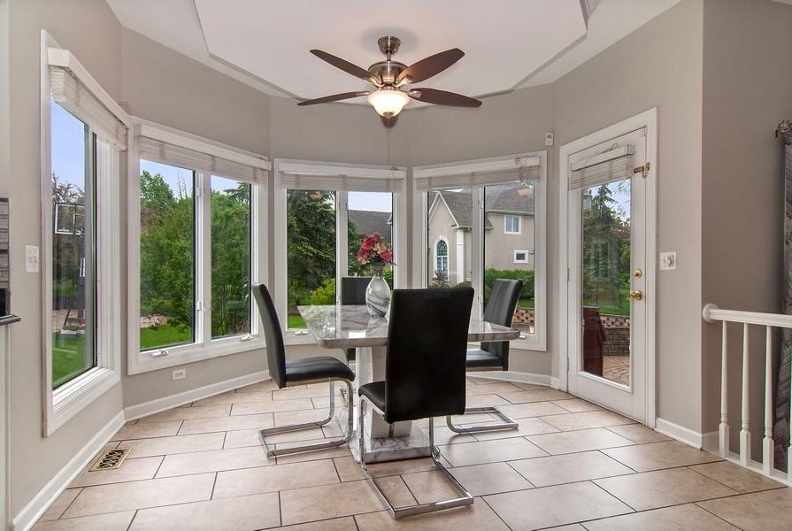 Real Estate Photography - 2324 Sutton Lane, Aurora, IL, 60502 - Breakfast Nook
