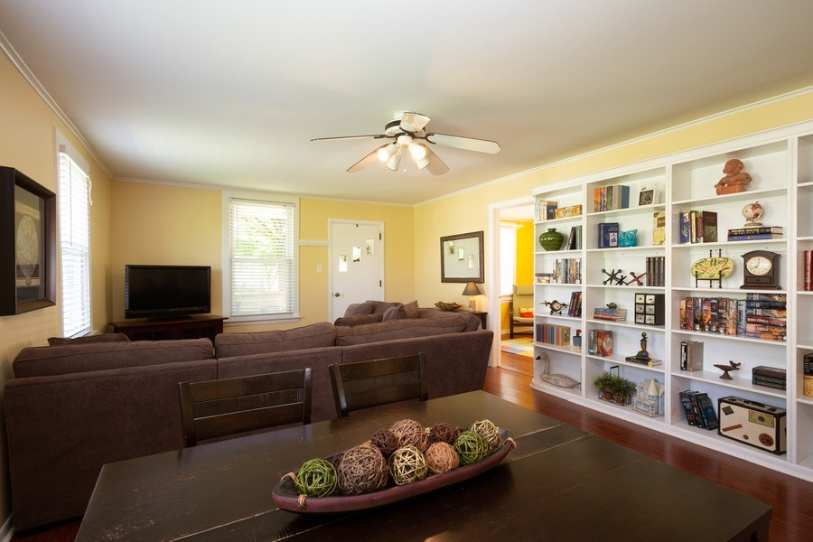 Real Estate Photography - 929 Woodlawn Avenue, Des Plaines, IL, 60016 - Living Room