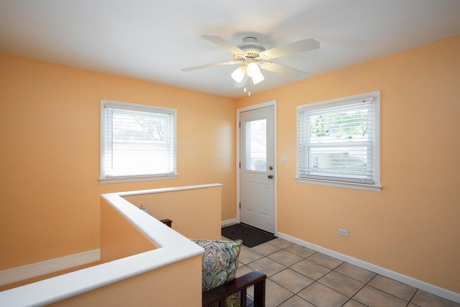 Real Estate Photography - 929 Woodlawn Avenue, Des Plaines, IL, 60016 - Mudroom