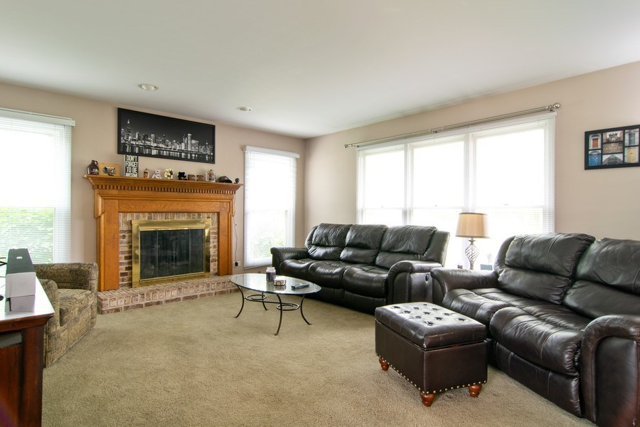 Real Estate Photography - 1432 Steeplechase Road, Bartlett, IL, 60103 - Family Room