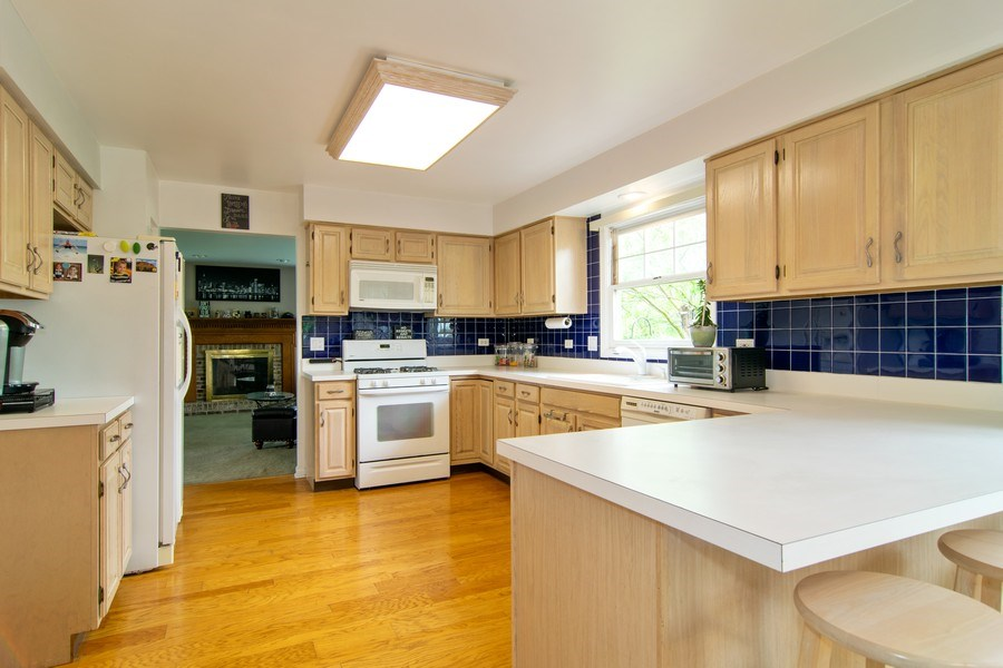 Real Estate Photography - 1432 Steeplechase Road, Bartlett, IL, 60103 - Kitchen