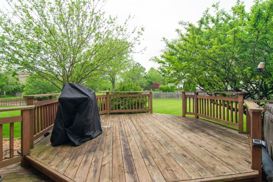 Real Estate Photography - 1432 Steeplechase Road, Bartlett, IL, 60103 - Deck