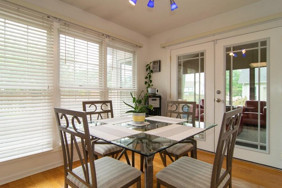 Real Estate Photography - 1432 Steeplechase Road, Bartlett, IL, 60103 - Breakfast Nook