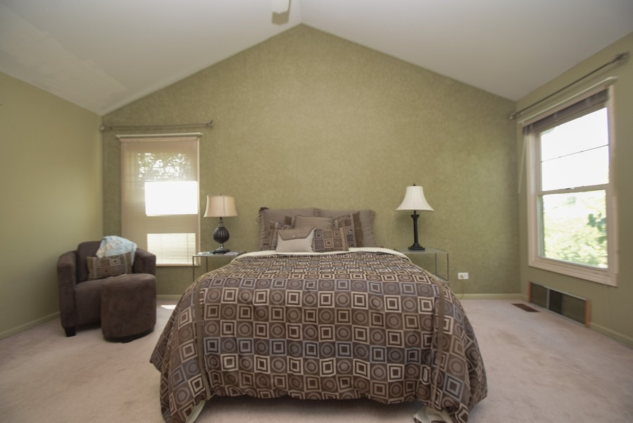 Real Estate Photography - 1432 Steeplechase Road, Bartlett, IL, 60103 -