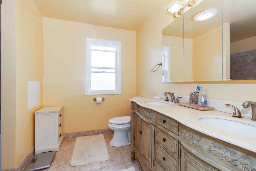 Real Estate Photography - 634 S. Princeton Avenue, Villa Park, IL, 60181 - Master Bathroom