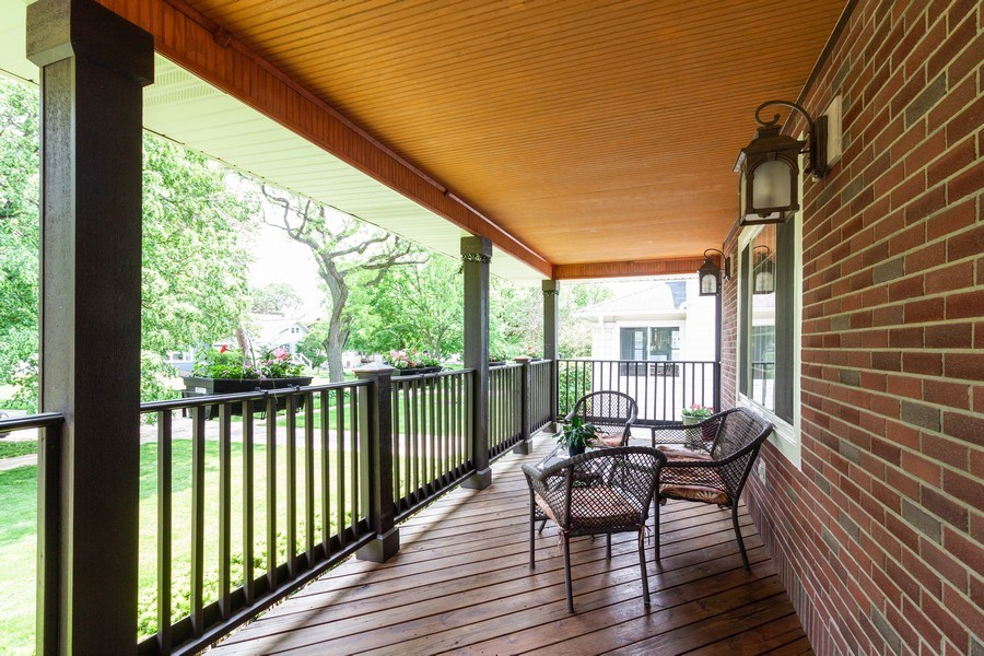 Real Estate Photography - 634 S. Princeton Avenue, Villa Park, IL, 60181 - Deck
