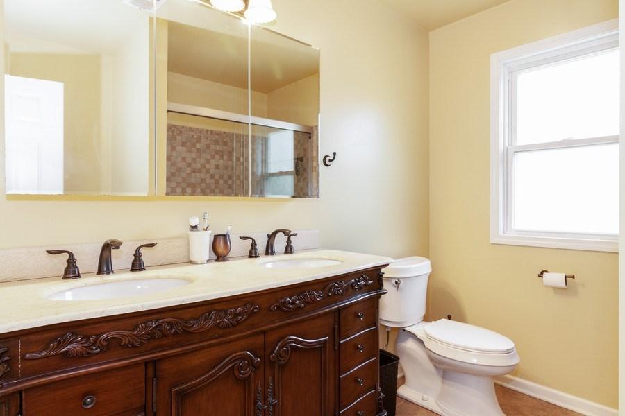 Real Estate Photography - 634 S. Princeton Avenue, Villa Park, IL, 60181 - Bathroom