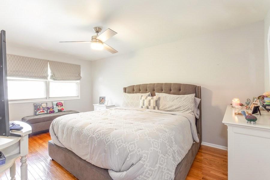 Real Estate Photography - 5501 Virginia Avenue, Clarendon Hills, IL, 60514 - Master Bedroom
